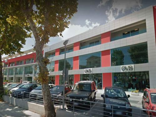 Centro-Commerciale-I-Leoni---C